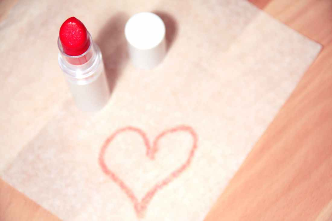 love heart makeup beauty
